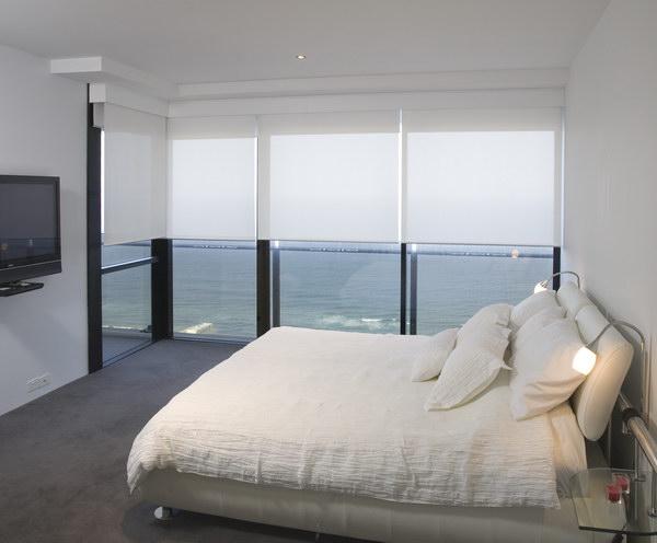BO  Rollers In White Bedroom L